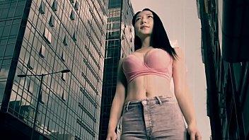 hong kong giantess