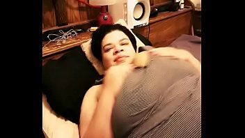 innate sweetheart jiggling those fat melons