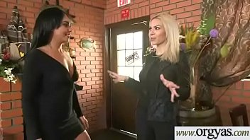 (Sasha Bleou&amp_Dylan Daniels) Sexy Girl For Some Cash Agree With Sex On Cam vid-24