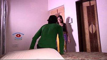 Indian Shruti Bhabhi Romance with Servant