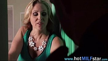 Slut Mature Lady (julia ann) Get Her Pussy Fill With Big Long Hard Dick movie-15