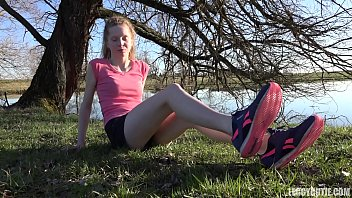 Teen Girl Shows Off Her Bare Feet