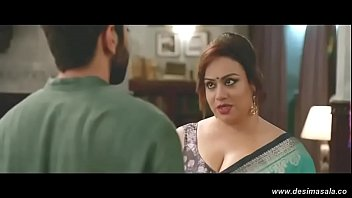 desimasala.co - Big boob auntys hot cleavage show in slowmotion