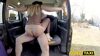 faux cab supah-plumbing-hot blondie luvs to give ass jobs