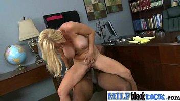 Monster Black Cock Fill Wet Pussy Of Horny Milf  vid-30