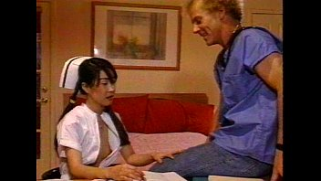 lbo - kinky bootie-screw-hole nurses - vignette 2.