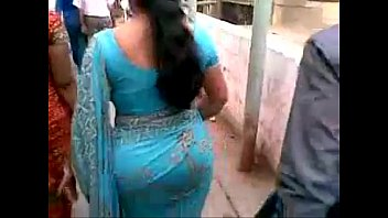 mature indian ass in blue saree.flv - YouTube