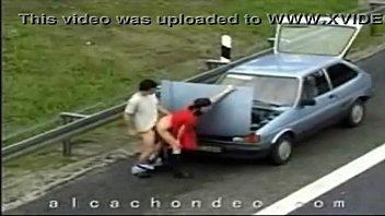 flagra trepando na estrada - wwwamadorasgostosasorg